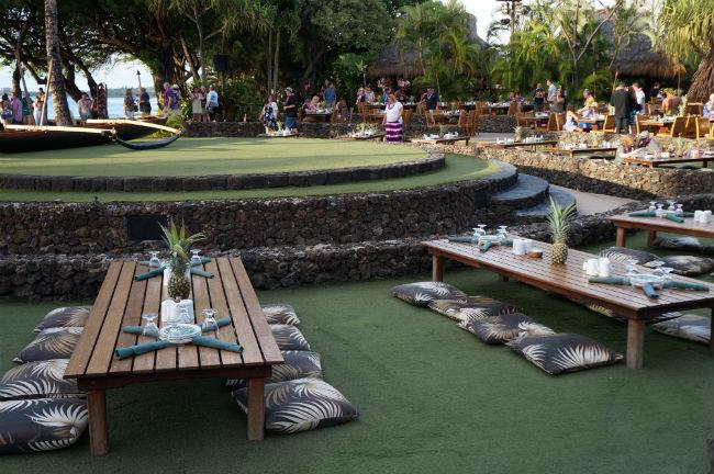 luau seating