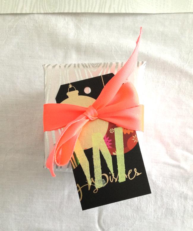 A Neon Christmas_DIY Gift Tags