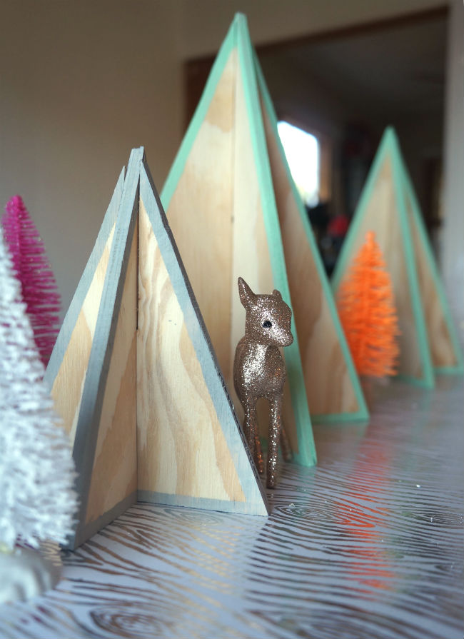 DIY Mini Plywood Christmas Trees