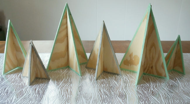 DIY Mini Plywood Christmas Trees2
