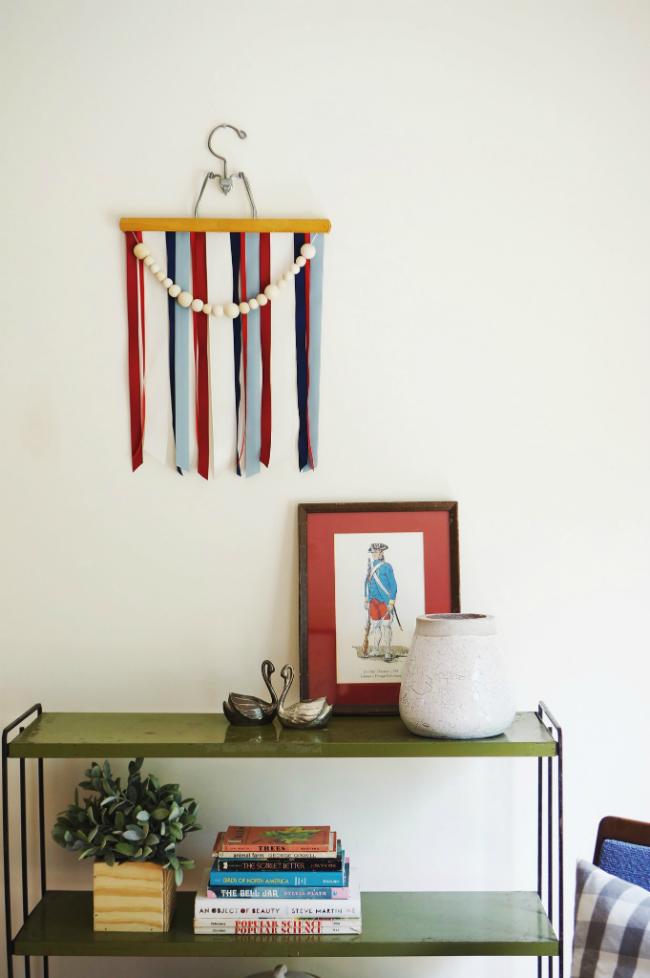 DIY Patriotic Hanging Banner